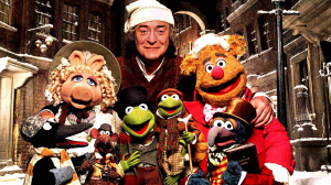 Michael Caine is Ebenezer Scrooge, whilst Kermit plays Bob Crotchet and Gonzo narrates as Charles Dickens in this comedy-musical adaptation of A Christmas Carol
