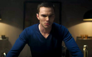 Steven Stelfox (Nicholas Hoult) is a man not to be trusted in this comedy crime-thriller.